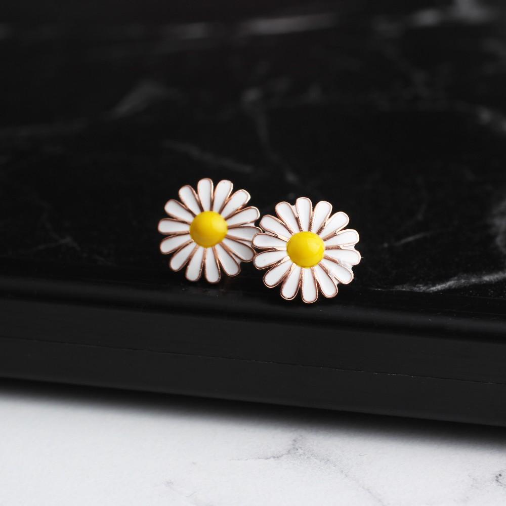 Glorria Silver Daisy Earring