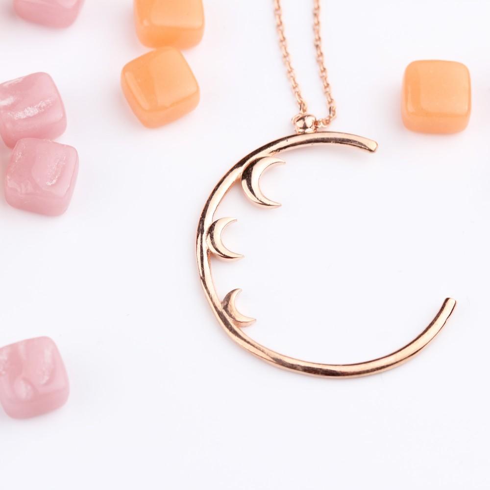 Glorria Silver Crescent Necklace